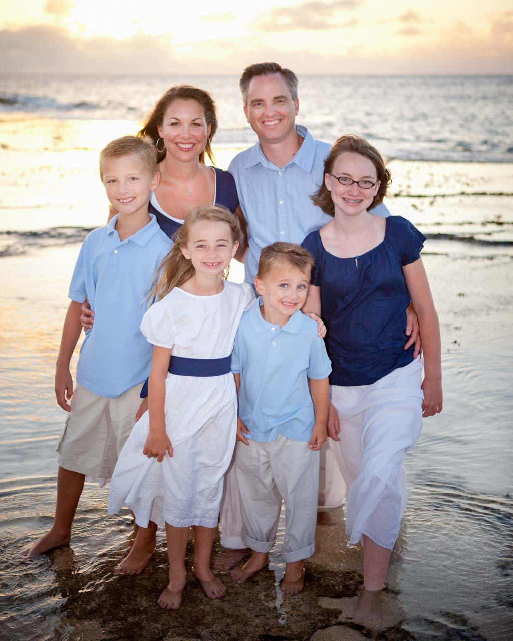 Family Picture Ideas For Wedding: Family Picture Prices– Hawaii Family Portrait Photography
