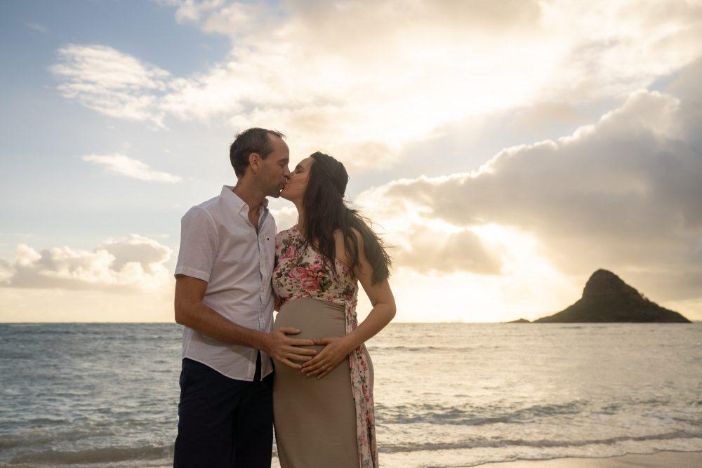 Sunrise maternity shoot oahu